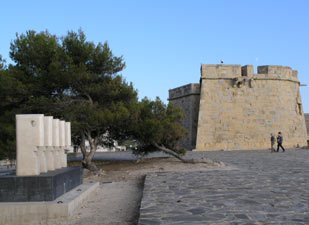 Moraira Castle and statues